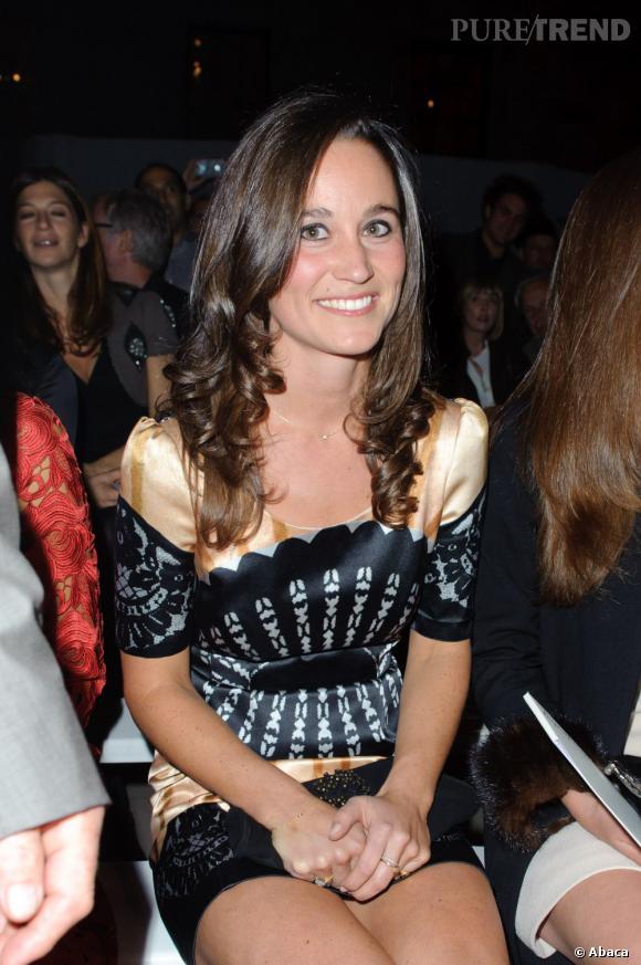 Pippa Middleton au défilé Temperley London Printemps-Été 2012 à Londres.