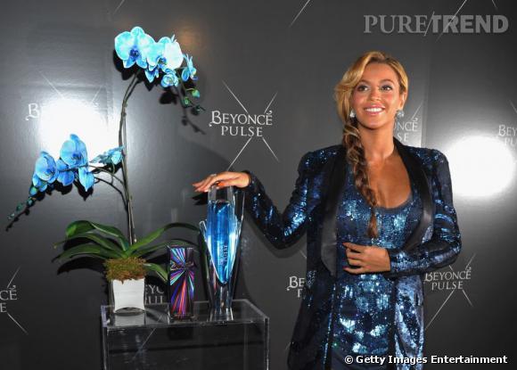 Beyoncé Knowles assure la promotion de son parfum Pulse à New York.
