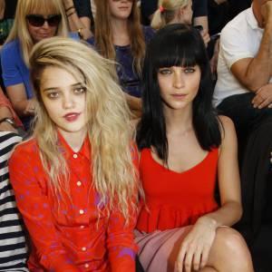 Sky Ferreira et Leigh Lezark copines de front row chez Sonia Rykiel.
