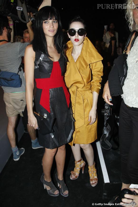 Deux it-girls chez Viktor&Rolf.