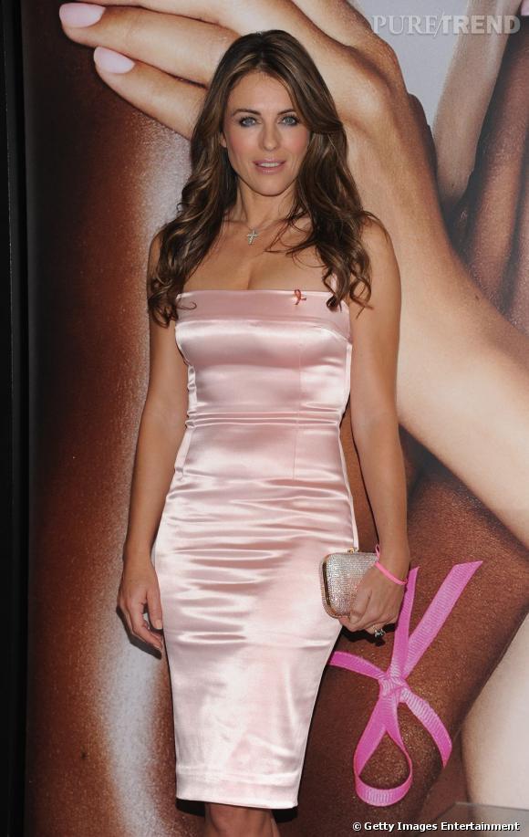 Elizabeth Hurley lors de la soirée Ready, Set, Pink!chez Bloomingdale's à New York.