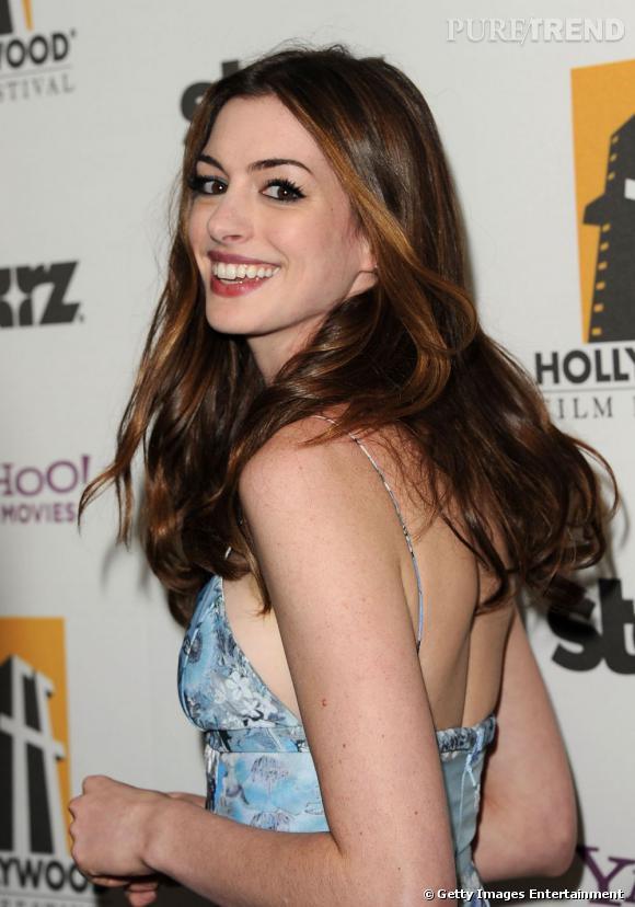 Anne Hathaway à la 15e édition des Hollywood Film Festival Awards.