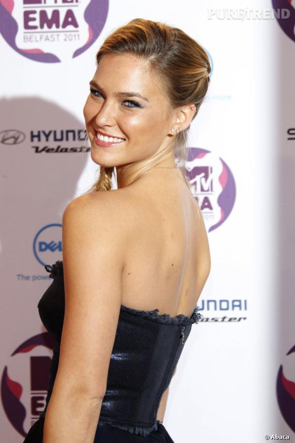 Bar Refaeli, top model israélien, star de la pose.