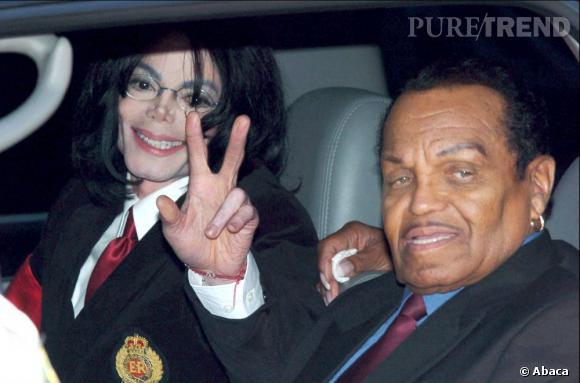 Michael et son père Joe Jackson. Il le craignait littéralement depuis son enfance.