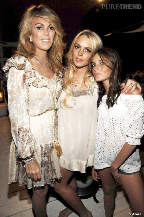 Dina, Lindsay et Ali Lohan, le trio diabolique. Sans Dina, les filles ne seraient pas célèbres, mais seraient certainement en meilleure santé morale et physique.