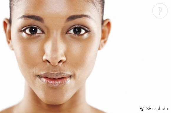 Soins corps peau noire : découvrez comment prendre soin de votre peau.