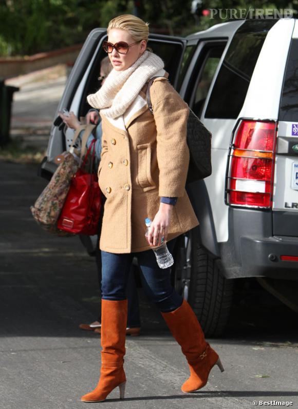 Bottes camel manteau beige snood blanc et jean brut for Les nains portent quoi