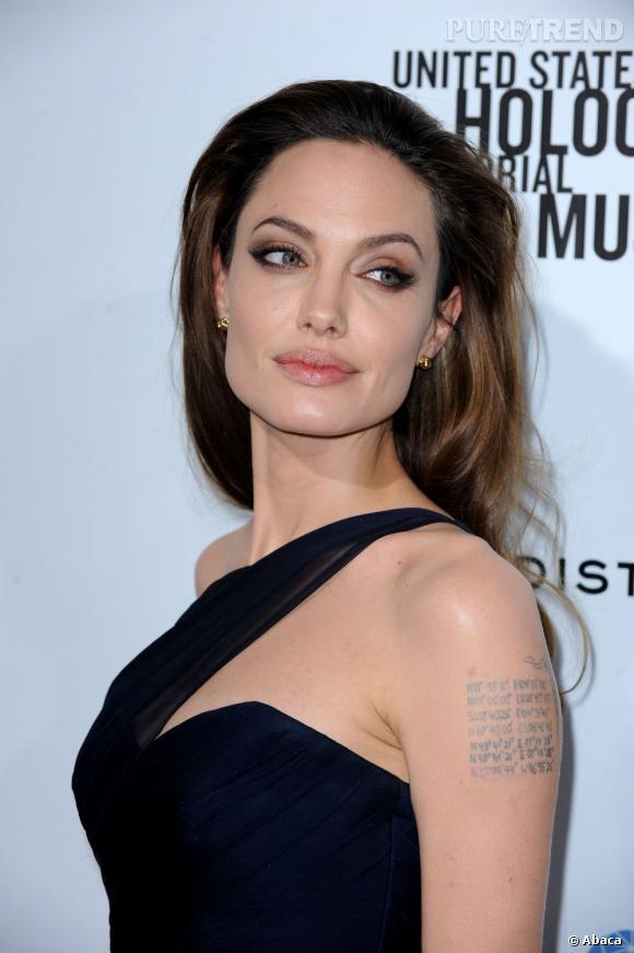 """Angelina Jolie à l'avant-première de son film """"In The Land Of Blood and Honey"""" à Los Angeles."""