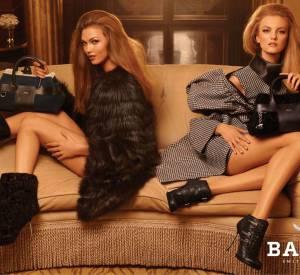 Bally a recruté l'Américaine Karlie Kloss et la Brésilienne Caroline Trentini pour sa campagne Automne-Hiver 2011/2012, shootée par le photographe Steven Meisel.