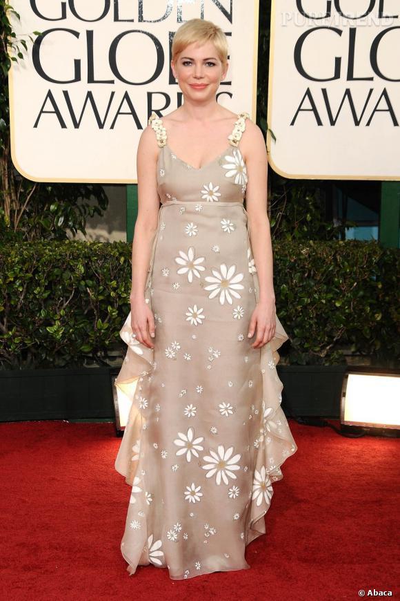 Michelle Williams ne choisit pas du tout la bonne forme de robe.