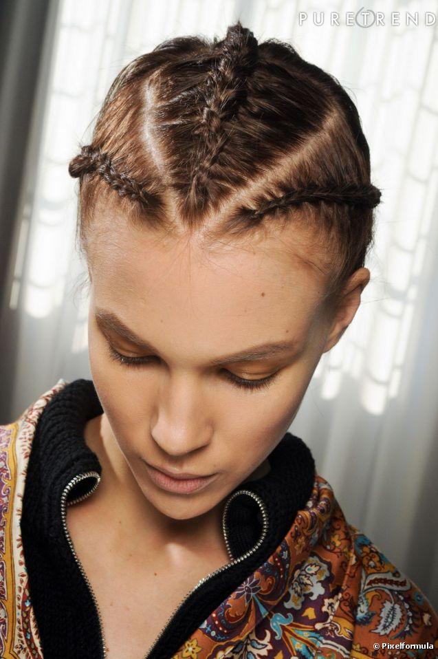 coiffure tresse plaquee