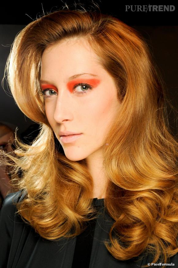 Les tendances coiffures pour 2012 Maxi-volume et belles boucles pour un look bluffant