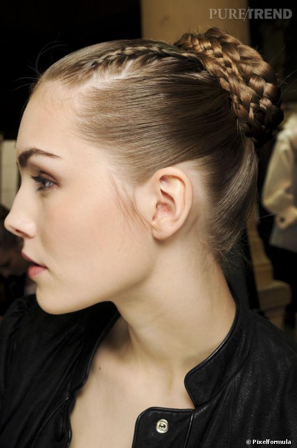 Les tendances coiffures pour 2012 La tresse devient accessoire de nos plus belles coiffures