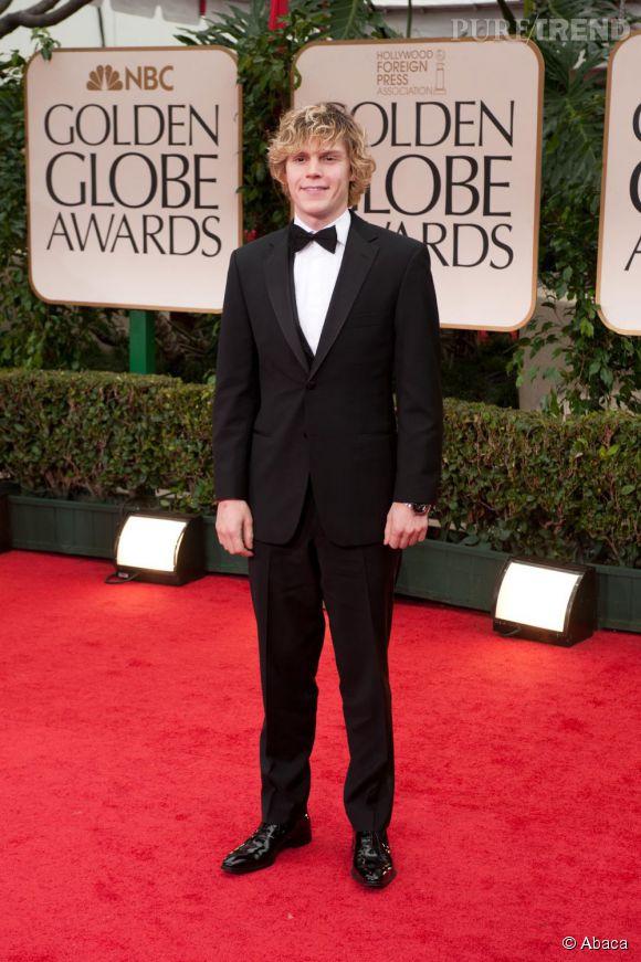 Lors des derniers Golden Globes, il nous prouve qu'il peut aussi être séduisant en costume et noeud papillon.
