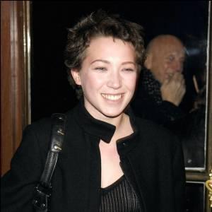 """Pour les besoins du film """"Les Corps Impatients"""" où elle joue le rôle d'une malade, Laura Smet s'est rasée la tête."""