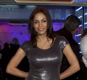Rosario Dawson, la plus sexy des party girls !