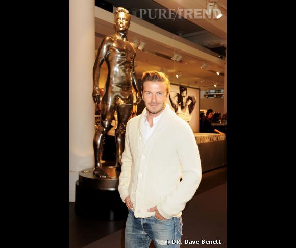 David Beckham lance sa collection de sous-vêtements avec H&M.