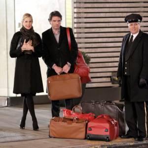 """Kelly Rutherford et Matthew Settle sur le tournage de la saison 5 de """"Gossip Girl"""" à New York."""