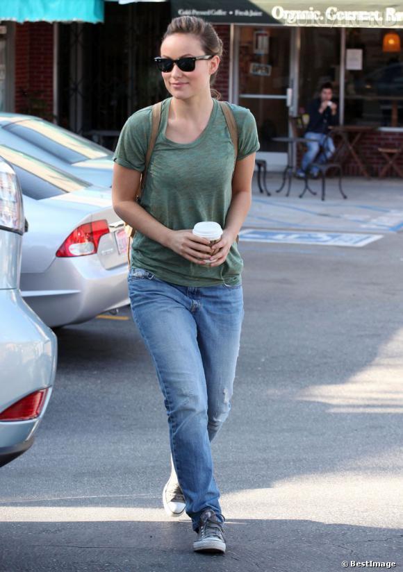 La tendance sac à dos adoptée par les stars     Olivia Wilde
