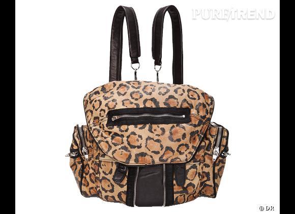 La tendance sac à dos : le bon shopping     Sac à dos Alexander Wang, environ 860 € sur  www.ssense.com