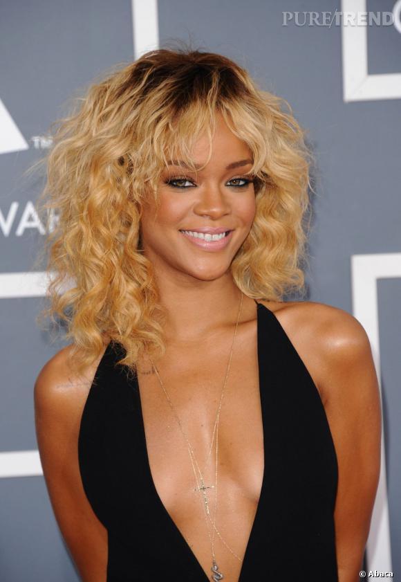 Rihanna With Blonde 116
