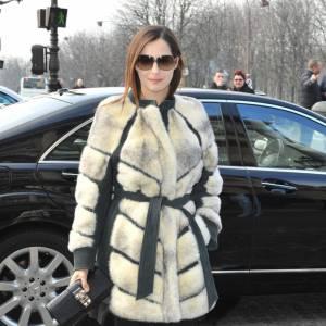 Amira Casar adopte quant à elle la version en fourrure et cuir.