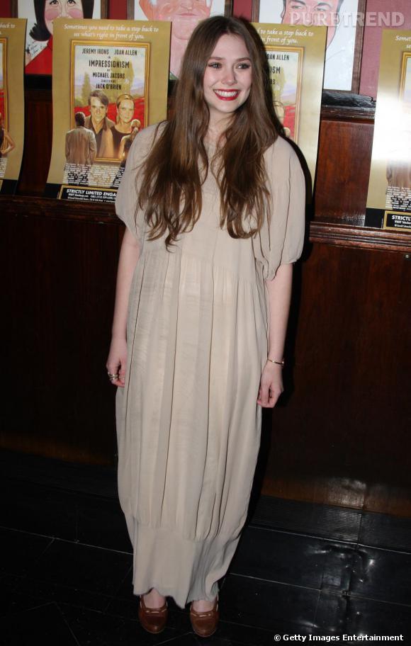 Elizabeth Olsen lors de ses premières apparitions copie le look de ses soeurs ainées...