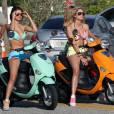 Selena Gomez et Ashley Benson dégainent bikini et scooters.