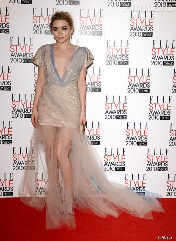Ashley Olsen, véritable poupée glamour fait décidément parti des figures mode du moment.