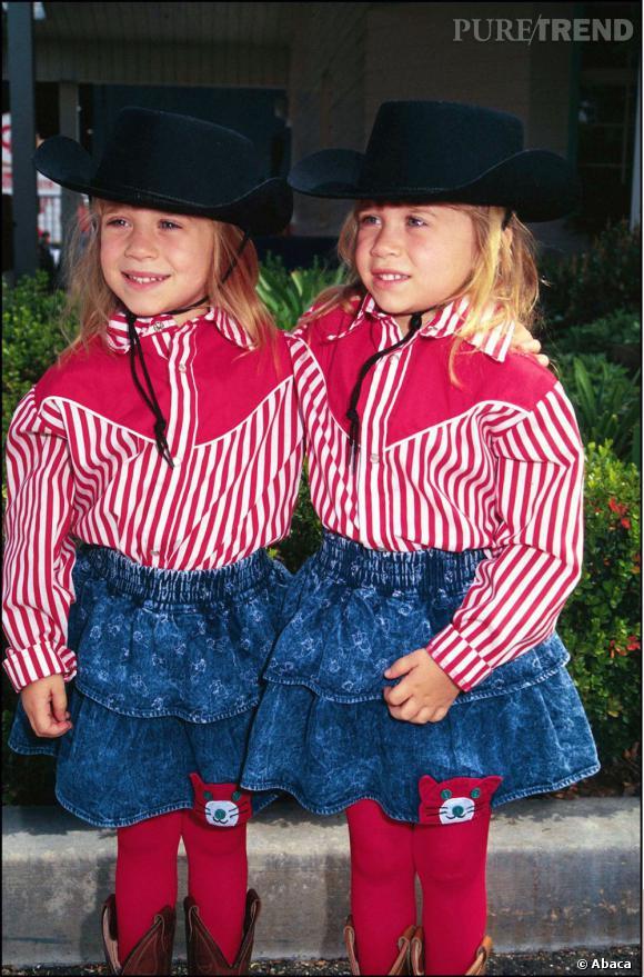 Mary-Kate et Ashley Olsen version mini cowboy en 1991... Même si on n'est pas encore prêt psychologiquement à adopter la même tenue, on craque.