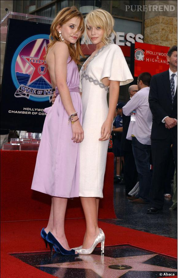 Mary-Kate et Ashley Olsen toujours en 2004 inaugurent leurs Walk Of Fame. Déjà, elles s'imposent comme icônes hollywoodiennes.