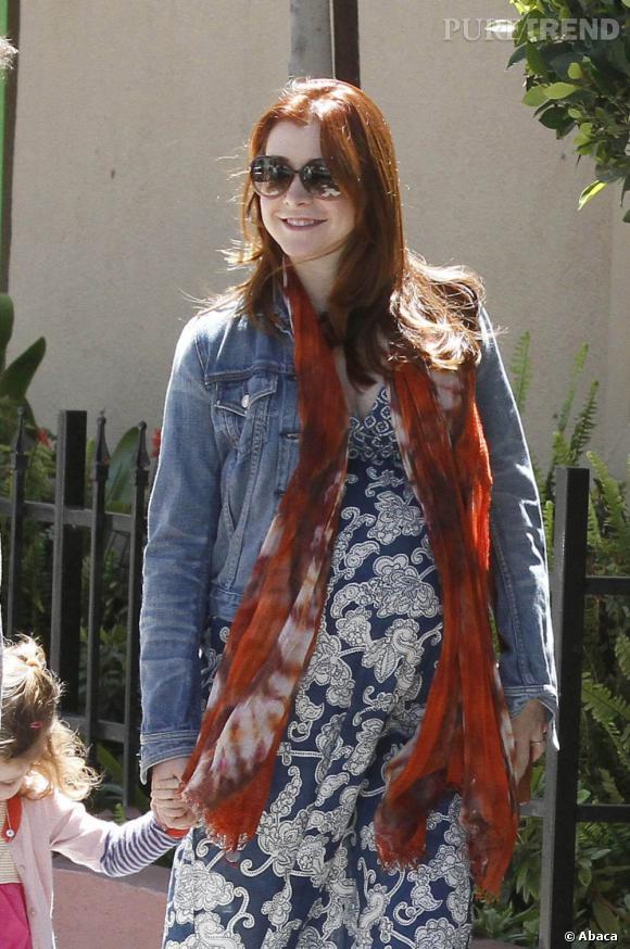 Alyson Hannigan dans les rues de Los Angeles, enceinte et bohème.