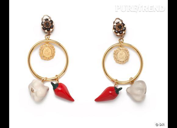 Focus tendance food obsession : le bon shopping    Boucles d'oreilles ail et piment Dolce & Gabbana, prix sur demande