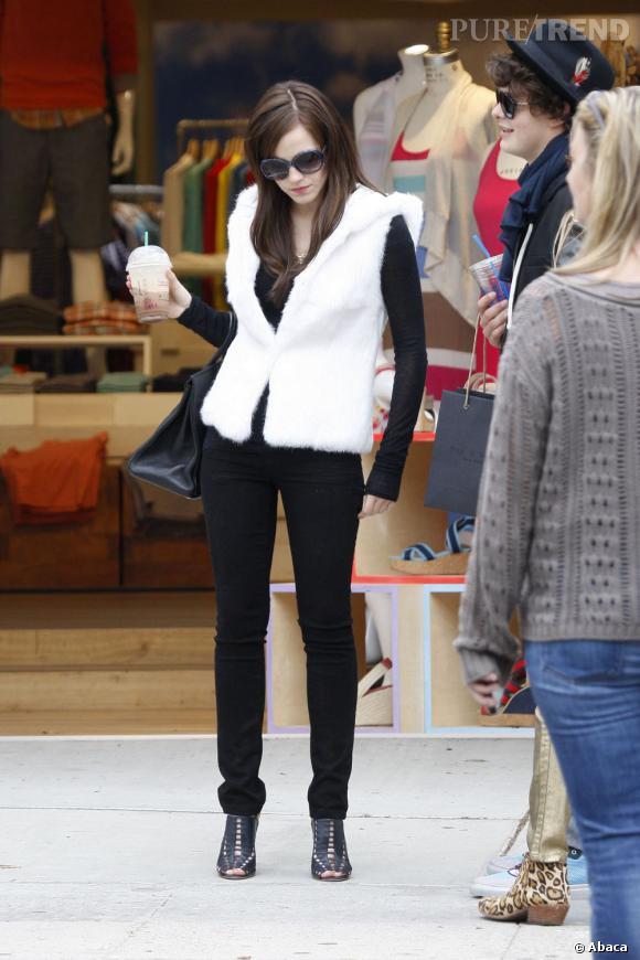 Emma Watson se tranforme en véritable dive sur le plateau de tournage.