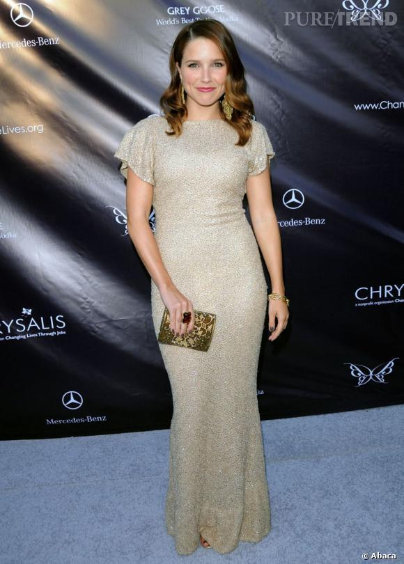 """Le top """"rétro"""" :  façon icône hollywoodienne, Sophia Bush est plutôt crédible !"""