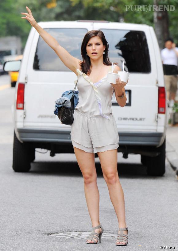 """Le top """"look de rue"""" :  minicombi pastel et accessoires coordonnés, l'accord parfait féminin et trendy."""