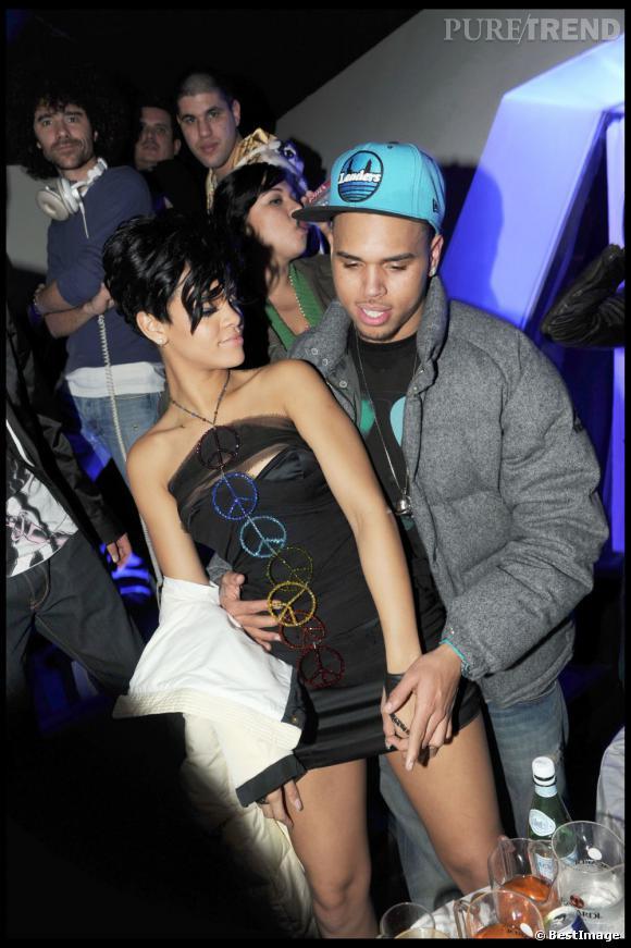 2007-2009 : Rihanna et Chris Brown vivent un amour passionnel pour le meilleur et le pire.