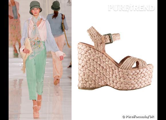 It-shoes : les must have des podiums Printemps-Eté 2012    Défilé Ralph Lauren Collection   Sandales compensées Ralph Lauren Collection, 495 €
