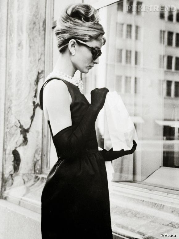 Le chignon d'Audrey Hepburn dans Diamants sur canapé, un ...