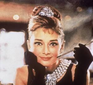 La coiffure culte de la semaine : le chignon d'Audrey Hepburn - 1961