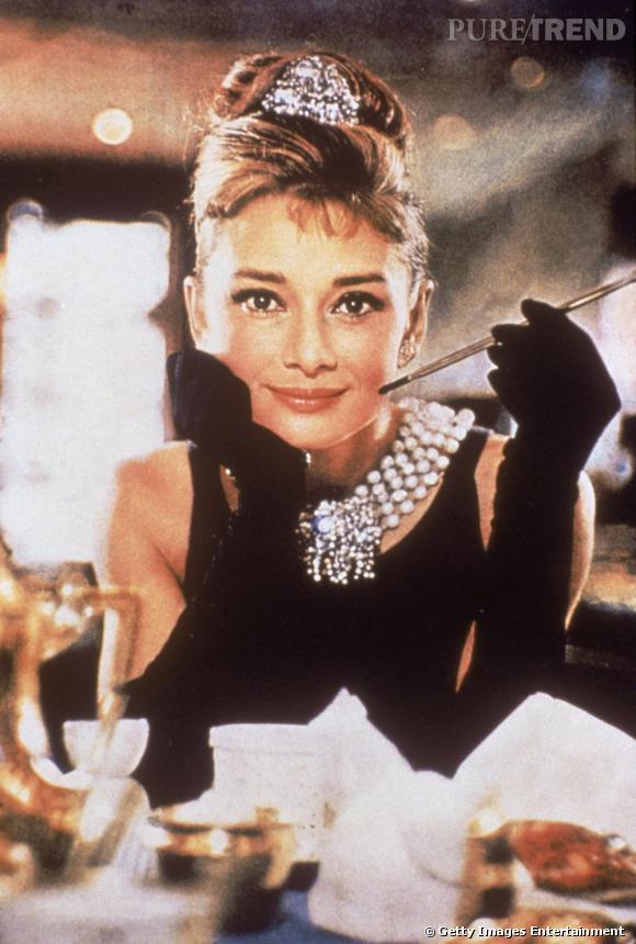 Audrey Hepburn, icône de style chic et féminine.
