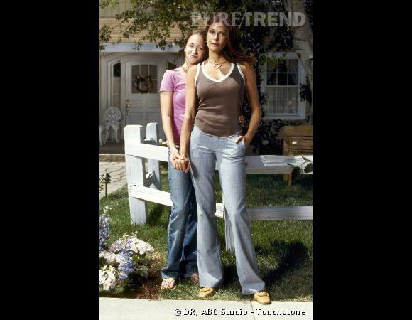 Susan (Teri Hatcher) et sa fille Julie, plutôt cool.