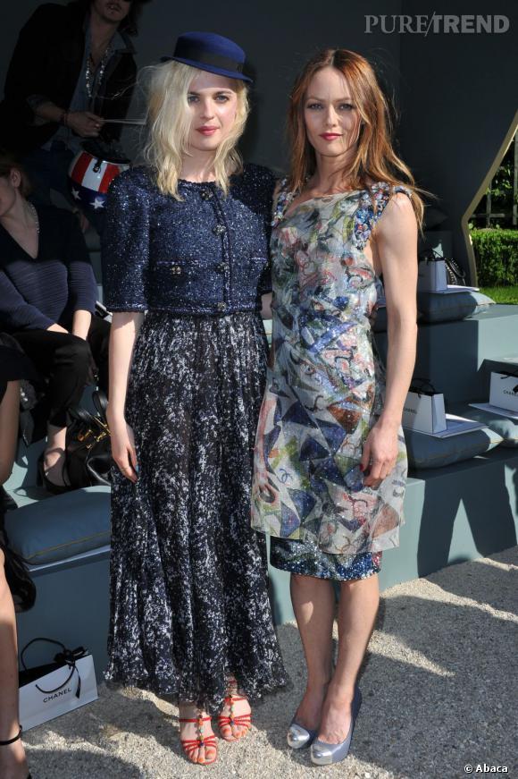 Cécile Cassel aux côtés de Vanessa Paradis.