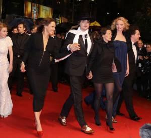 Peter Doherty joue les dandys entourés de la réalisatrice Sylvie Verheyde et de la rouquine Lily Cole.