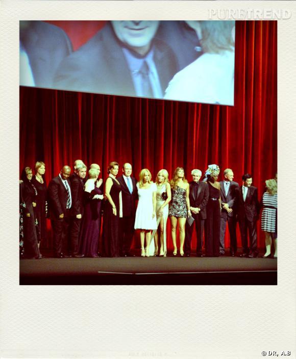 Les membres du jury au côté de Prince ALbert sur scène.