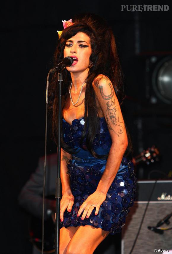 Amy Winehouse version sequins en 2008.