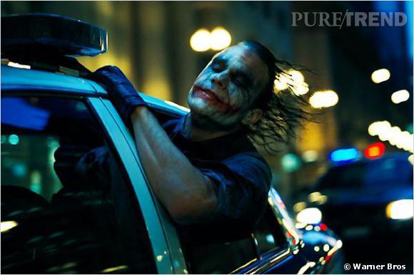 Le Joker de Christopher Nolan, c'est également une chevelure graisseuse qui réinterprète le wet look à sa sauce et une bouche affublée de cicatrices boursouflées, réalisées par Conor O'Sullivan et Rob Trenton.