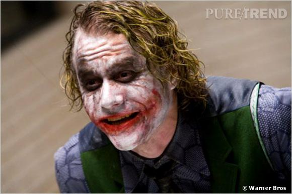 "Heath Ledger dans la peau du Joker de Christopher Nolan, en 2008.    Make-up artist :  John Caglion Jr.  Le maquilleur avait déjà reçu un Oscar pour ""Dick Tracy"". Sur le plateau de ""The Dark Knight"", c'est lui qui réalise le make-up d'Heath Ledger et les retouches. Un recueil des oeuvres de Francis Bacon lui sert d'inspiration pour créer ce masque de clown défait.  Conor O'Sullivan et Peter Robb-King comptent également parmi les maquilleurs sur le plateau."