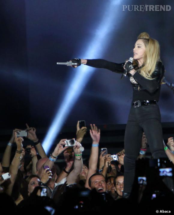 En marge de sa tournée, Madonna donnait un concert à l'Olympia hier soir mais tout ne s'est pas exactement passé comme prévu.