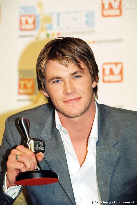 """Chris Hemsworth avait même reçu le prix de """"Nouveau talent masculin"""" pour son rôle dans Summer Bay aux TV Week Logies Awards de 2005."""